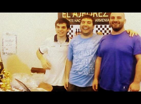 club armenio-001.jpg